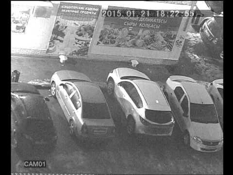 В Ростове вырезают противотуманки на Mazda