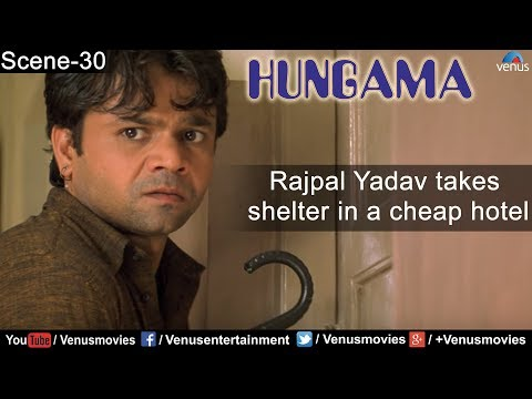 Rajpal Yadav takes shelter in a cheap hotel ( Hungama )