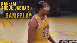 getlinkyoutube.com-NBA 2K16 - Kareem Abdul-Jabbar vs Michael Jordan Gameplay | Lakers vs Bulls
