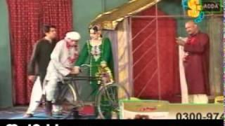getlinkyoutube.com-New Punjabi Stage Drama 2011 Sheela Ki Jawani 5-8