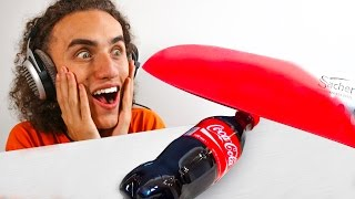 getlinkyoutube.com-1000 DEGREES GLOWING KNIFE vs. COCA COLA! 😱😱😱 (Reaction)