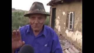 getlinkyoutube.com-STRIGATOR LA CER!: Doi oameni traiesc intr-o coliba la marginea satului. SMEENI-BUZAU