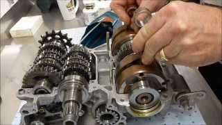 getlinkyoutube.com-Race Motor Rebuild - TZ250