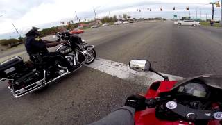 getlinkyoutube.com-CBR600RR Vs  Police Harley Davidson