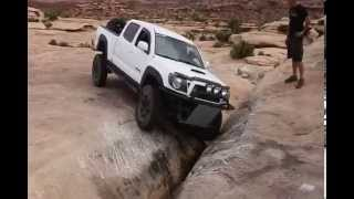 getlinkyoutube.com-Tacomas in Moab 2012
