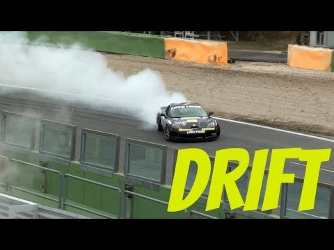 Corvette C6 Z06 DRIFTING - Flames & Revs