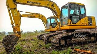 getlinkyoutube.com-Komatsu PC130F-7 Swamp Excavator Digging Pond