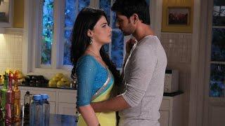 getlinkyoutube.com-Ranveer  Kisses Ishani in 'Meri Aashiqui Tum Se Hi'