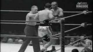 getlinkyoutube.com-Rocky Marciano vs Jersey Joe Walcott II - May 15, 1953