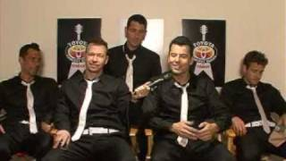 getlinkyoutube.com-Today Show  NKOTB answer questions from fans