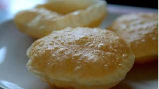 getlinkyoutube.com-How to make Puff Puris (Pooris) - Indian Bread Recipe Video by Bhavna