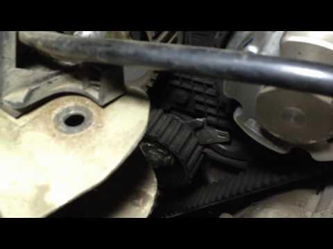 Замена ремня ГРМ Replacing the timing belt