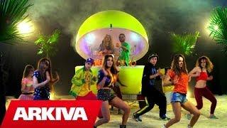 getlinkyoutube.com-Dhurata Dora ft. Young Zerka - Roll (Official Video HD)