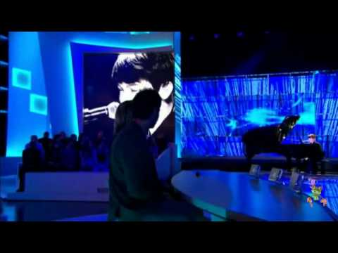 "Greyson Chance ""Paparazzi"" Live in Paris (2010)"