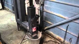 getlinkyoutube.com-DIY rocket stove wood pellet space heater MK3