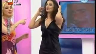 getlinkyoutube.com-توفانا توركاي تنافس فيفي عبده بوصلة رقص شرقي