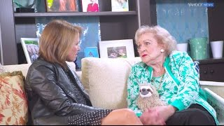 getlinkyoutube.com-Betty White talks division in America and staying positive