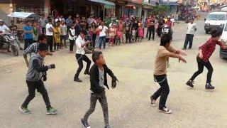 getlinkyoutube.com-Jaalma (Resham Filili) Dance performance in Flash Mob Dhading Bensi Chowk