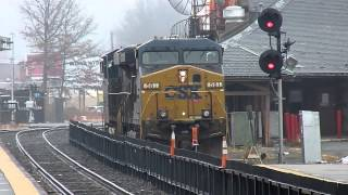 getlinkyoutube.com-CSX GE ES44AC - AC44CW train at Framingham, MA