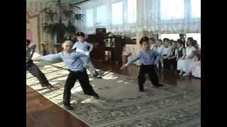 Танец десанта на детском утреннике