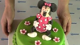 getlinkyoutube.com-Minnie Mouse cake (Dort s figurkou Minnie)