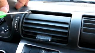 getlinkyoutube.com-How to Remove Radio / Navigation / CD Changer from Mercedes C class 2005 for Repair.