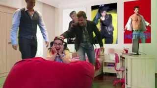 getlinkyoutube.com-Teenage Ellie with Nick Carter, Nick Lachey, & Jordan Knight