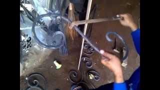 getlinkyoutube.com-Buat ornamen wrought iron,variasi teralis, bending besi tempa cara manual