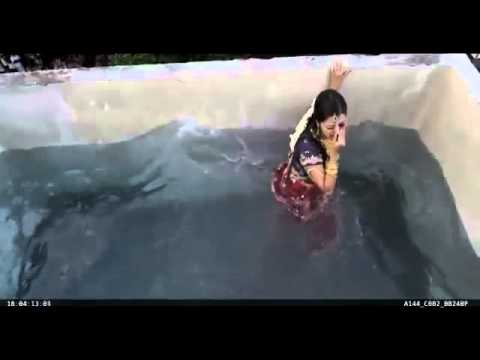 Vedhika actress accident in sringara velan