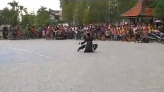 getlinkyoutube.com-The Drunken Master - IKS.PI Kera Sakti Lamongan.mp4