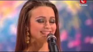 getlinkyoutube.com-الفتاة الحسناء التي سحرت العالم بأكمله رقص شرقي برنامج مواهب أكرانيا  YouTube