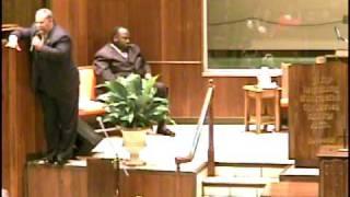 Pastor Larry Poyntz