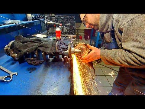 Капитальный ремонт двигателя Фольксваген 2.4 зборка часть1.