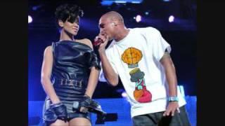 getlinkyoutube.com-Rihanna and Chris Brown After The Fight