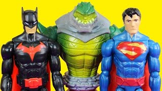 getlinkyoutube.com-Batman Reptile Rage Battle Pack WIth Batman Superman And Killer Croc