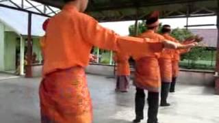 getlinkyoutube.com-Tari Persembahan & Lancang Kuning