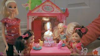 getlinkyoutube.com-Barbie - Chelsea's Slumber Party