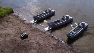 getlinkyoutube.com-RC Landing Craft Tanks