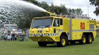 getlinkyoutube.com-Airport Crash Truck Demonstration, Pukekohe VFB Open Day, 20 Nov 2010