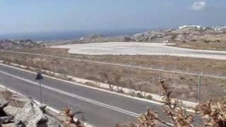 getlinkyoutube.com-Traffic at Mykonos airport