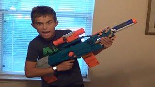 getlinkyoutube.com-Nerf War! The Sniper