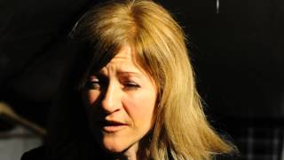 getlinkyoutube.com-Пророчество об Украине американской волонтерки в молитвенной палатке на Майдане