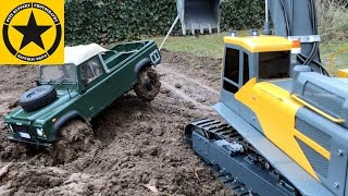 getlinkyoutube.com-Mud Battle Bombardier ILTIS v LAND ROVER LONG PLAY