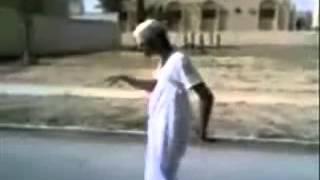 getlinkyoutube.com-مقالب مضحكه فقط في السعوديه