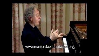 getlinkyoutube.com-Schiff: Beethoven's Piano Sonata No.32 - Pre-Echo Of A Boogie-Woogie