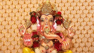 getlinkyoutube.com-The making and worship of Ganesha statues in Maharashtra