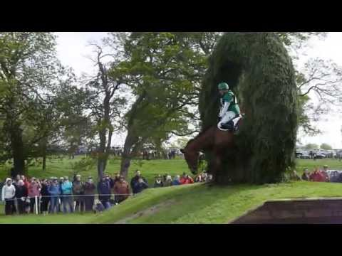 Mary King's save at the Outlander Bank - Badminton Horse Trials 2014