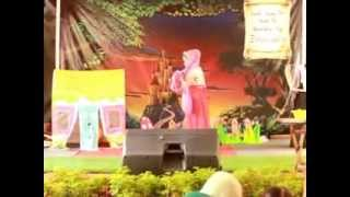 getlinkyoutube.com-Drama Snow White and 7 Dwarfs Aqila Islamic School