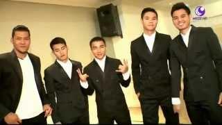 getlinkyoutube.com-ดาวกระจาย 14ตค58 นักบอลทีมชาติไทย