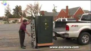 getlinkyoutube.com-Escalera Electric Power Hand Trucks -Stair Climbing Hand Truck